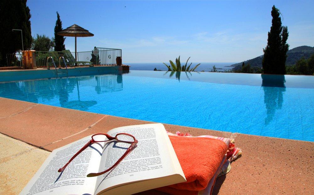 R sidence avec piscine carg se residenza alivetu for Residence piscine